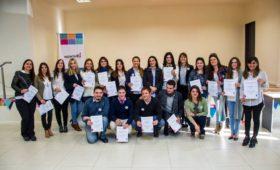 Entrega diplomas – Décima Comisión de Mediadores